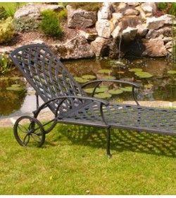 Tudor sun lounger